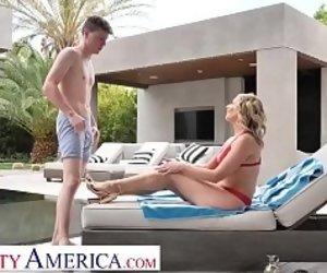 Naked Girls Pool